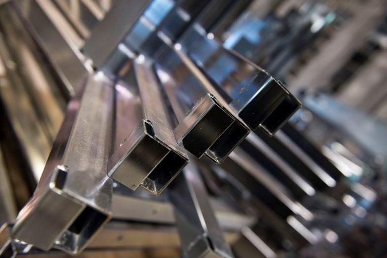 Frames gelast en verzonken Metaalcenter Driessen